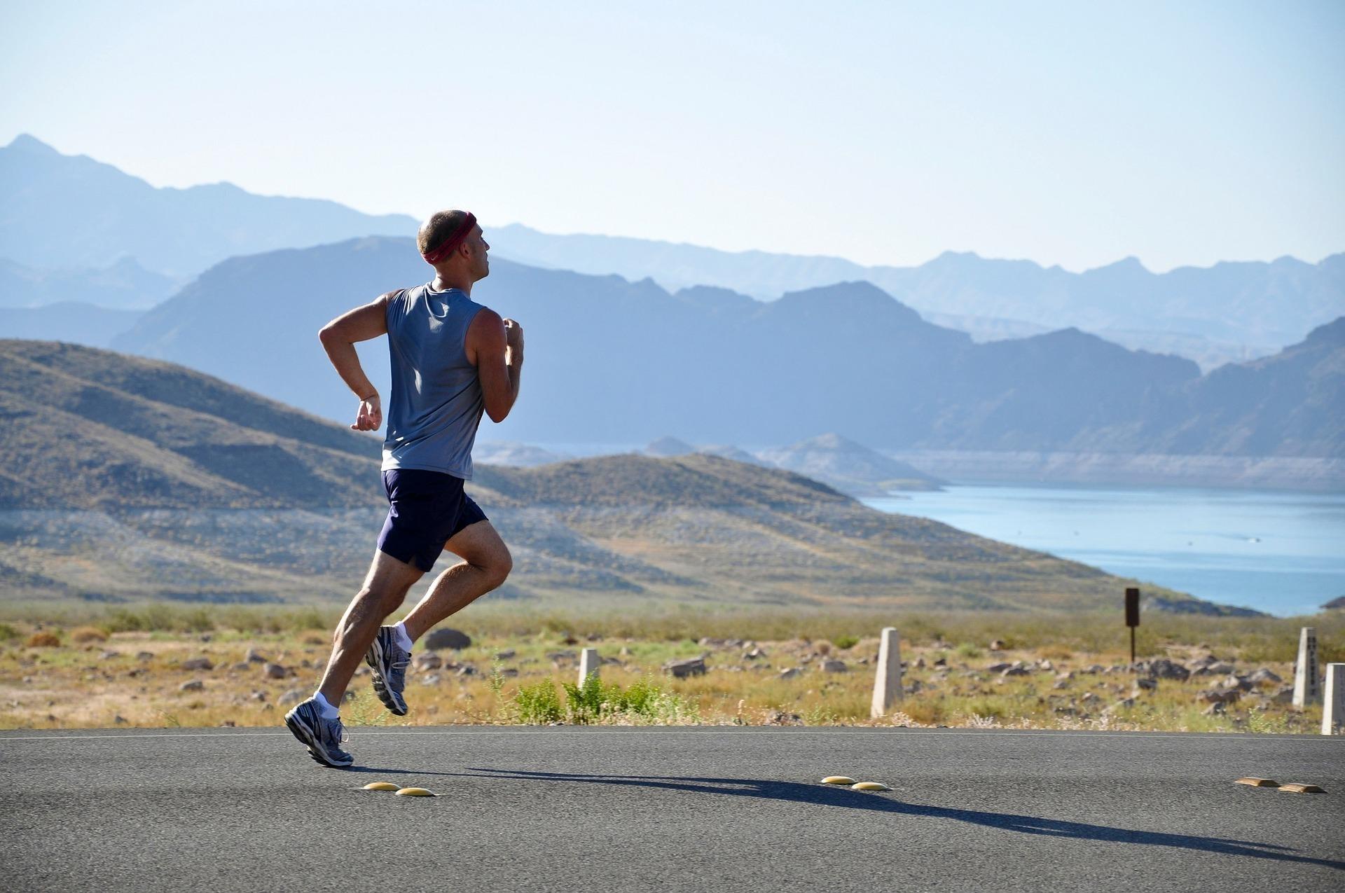 runner-1814460_1920.jpg
